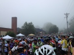 1,000 riders bunched into the foggy start.