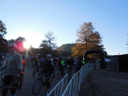 The sun was starting to come up as riders lined up in their corrals.